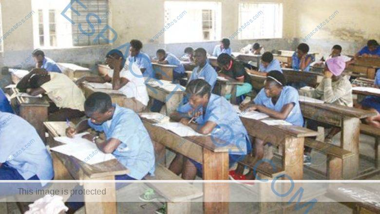 Cameroon GCE Advance Level French Past Questions [pdf]